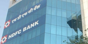RBI asks HDFC Bank to put key appointments on hold