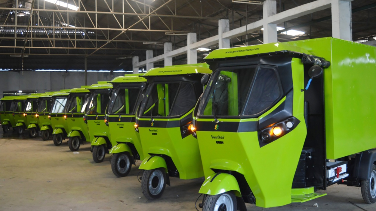 E-tailers push for electric mobility in India
