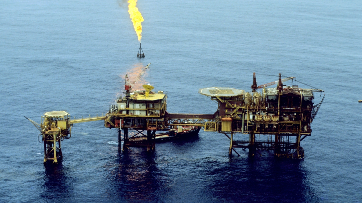 Reducing India's crude oil import dependency