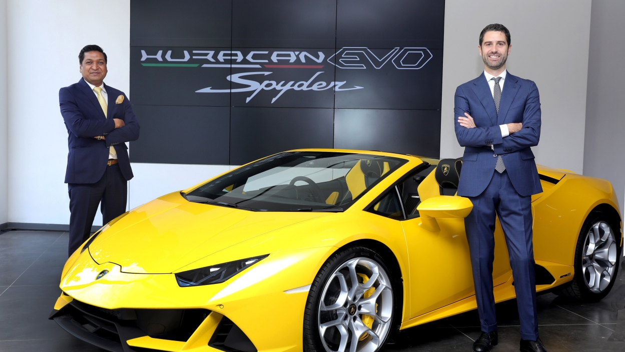Lamborghini unveils Huracán EVO Spyder at base price of ₹4.1 cr