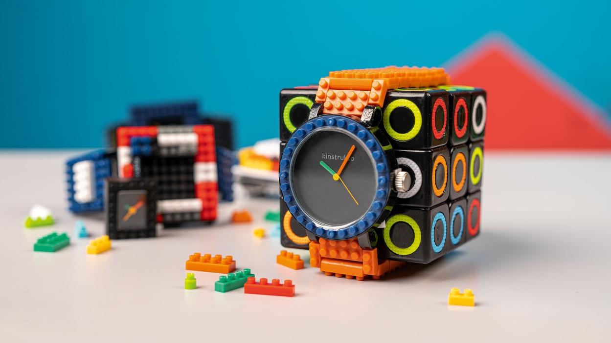 Kinstrukto's watches: Tick-tock bricks