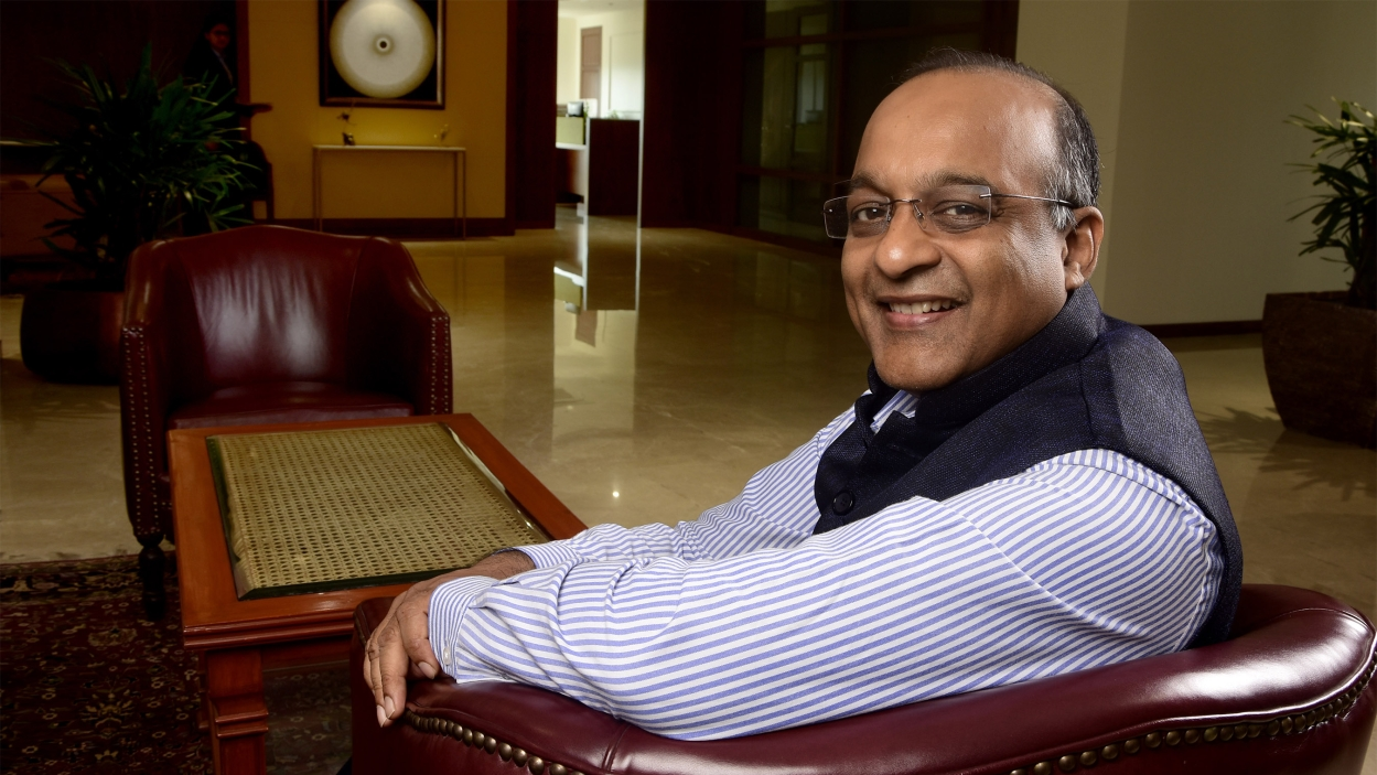 HDFC Bank's Jagdishan faces his first challenge