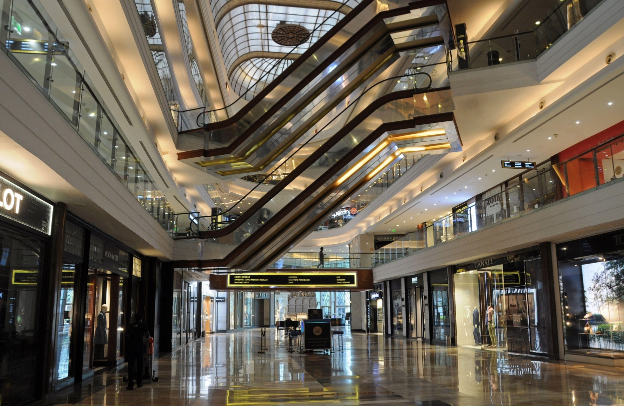 Covid-19 second wave leaves Mumbai malls in disarray
