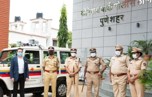Yohan Poonawalla Foundation donates Jeep to Pune Police appreciating their work amidst the pandemic