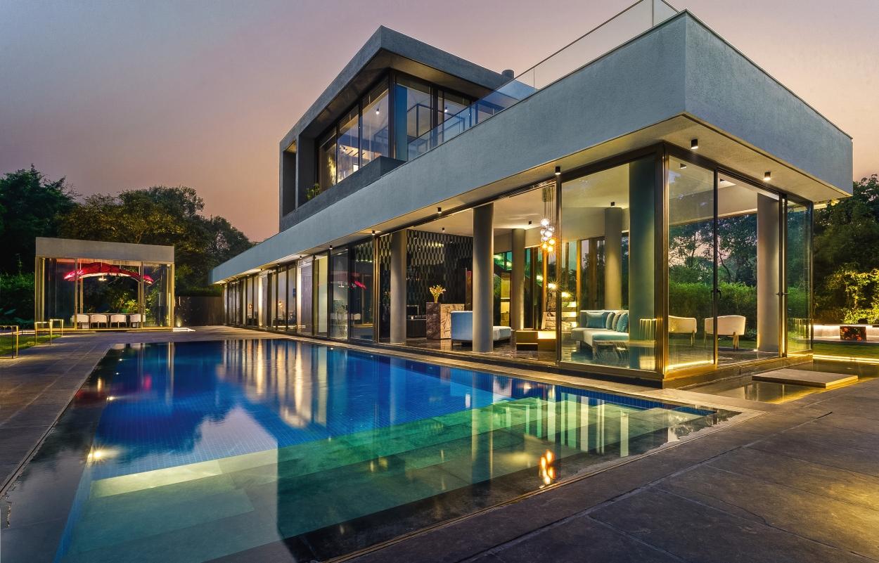 High-end villas beat pandemic blues