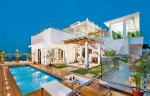 Rush hour for millionaire homes