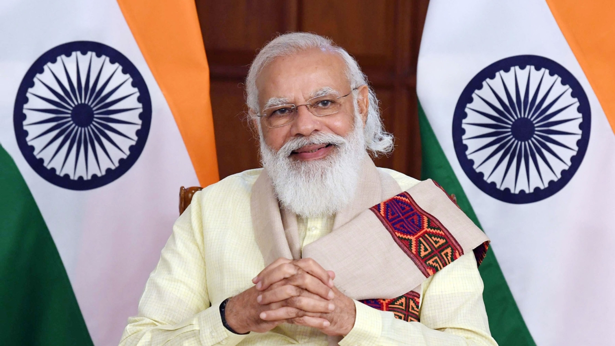 What explains Modi's high approval rating?