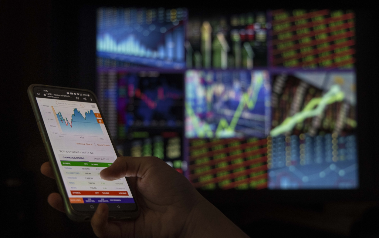 Info gaps: why common man loses out to institutions in stock market