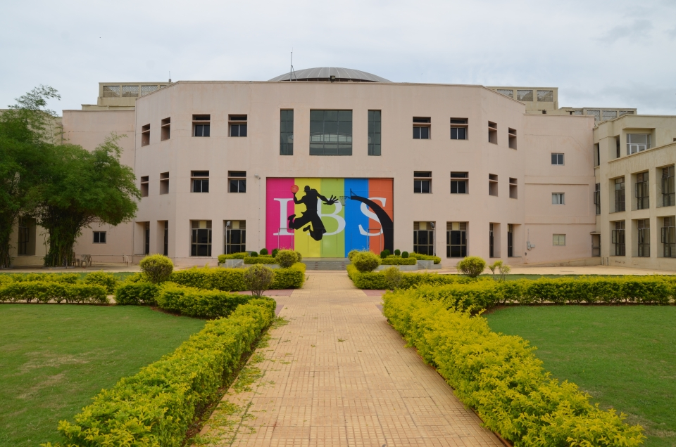 ICFAI Foundation for Higher Education (IFHE) Awarded as India's Iconic Brand By The Brand Story