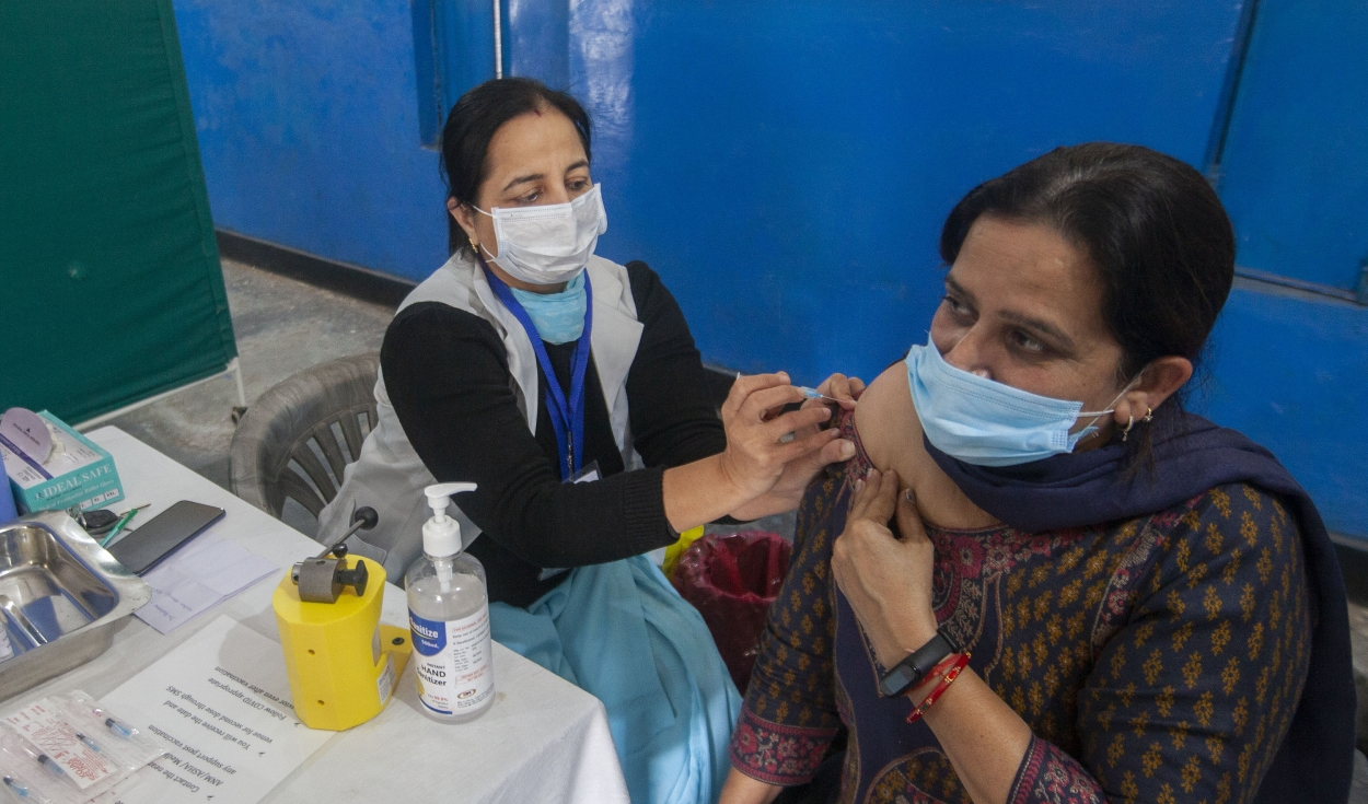 Two million of 5.7 million workers missing in India's health system