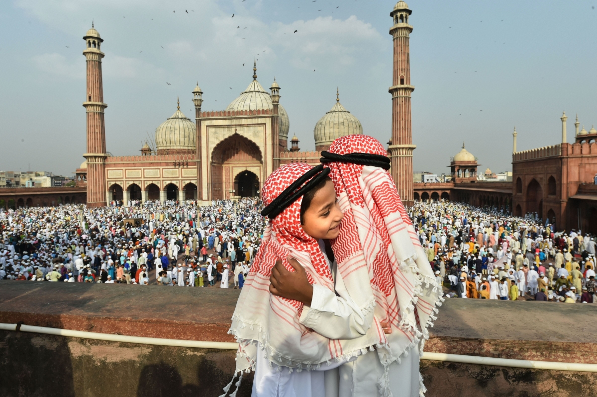 New Delhi: Young boys greet each other after offering 'namaz' at Jama Masjid on the occasion of Eid-ul-Fitr, in New Delhi, Wednesday, June 5, 2019. File Photo