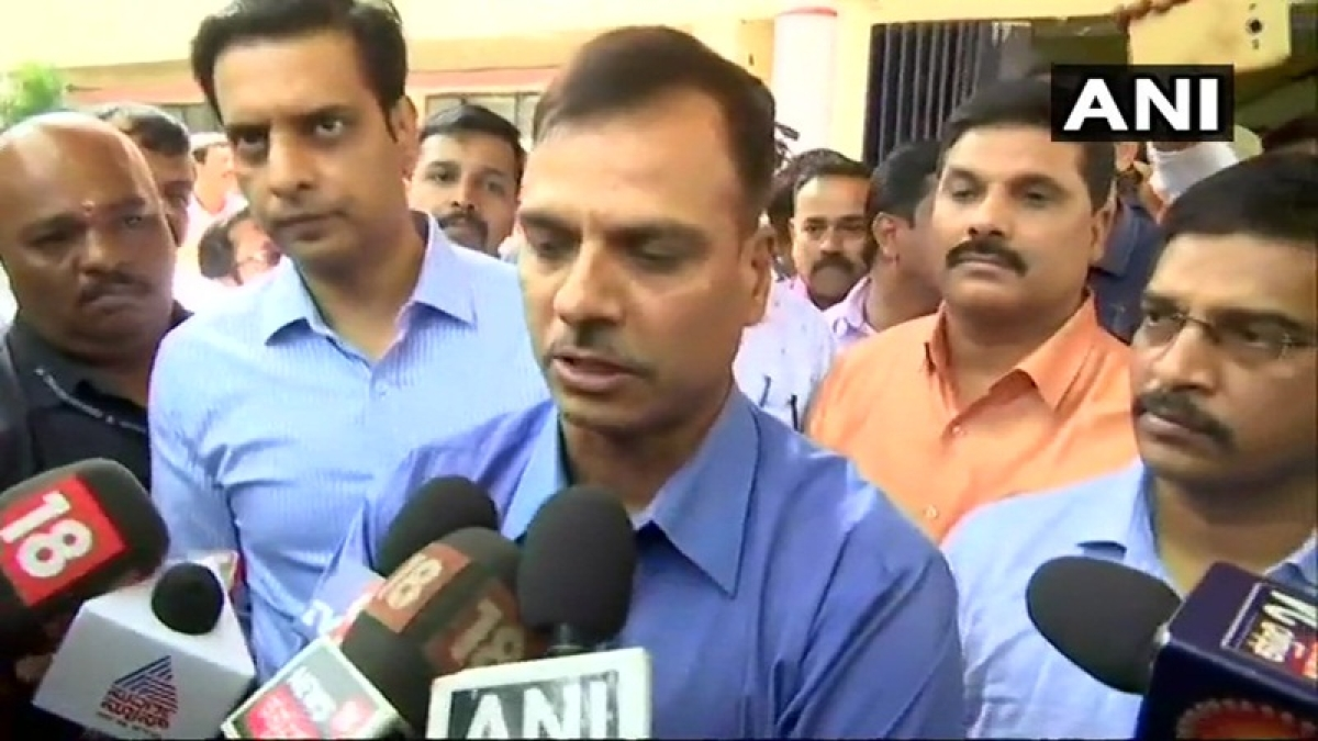 Central Crime Branch aids at Mansoor Khan's wives in Bengaluru
