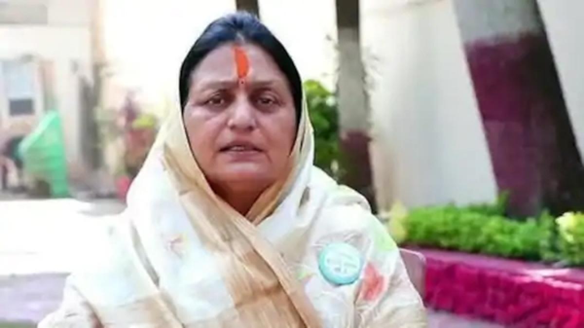 Indore Mayor stops national anthem, asks for Vande Mataram