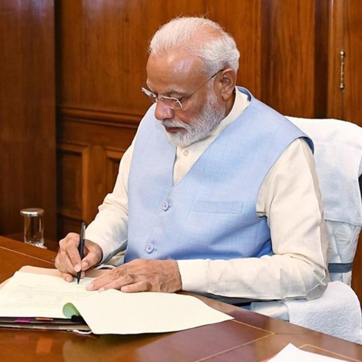 PM Modi pens emotional letter to Moshe - youngest 26/11 survivor