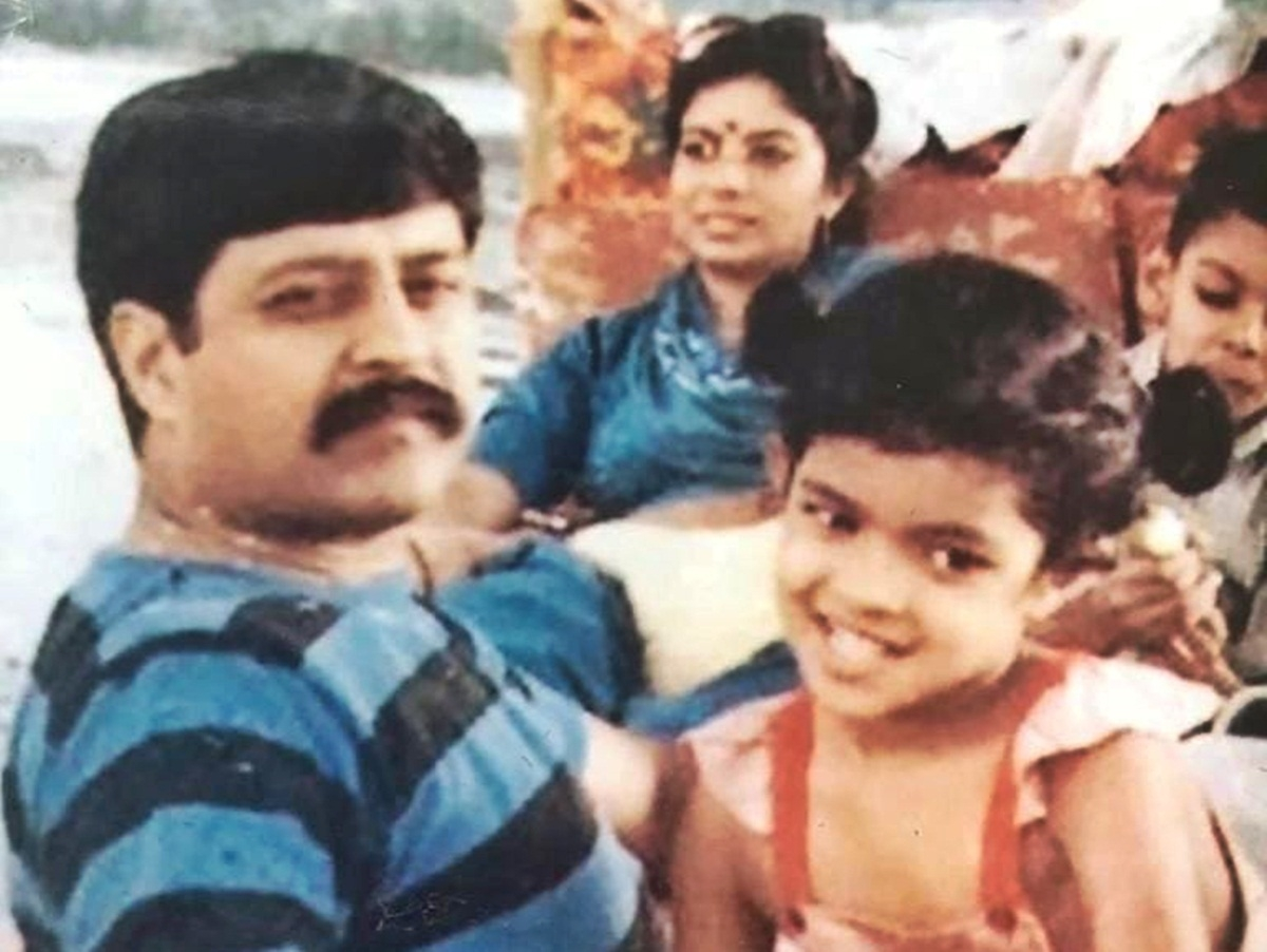 Celebration doubles for Priyanka Chopra on Father's Day