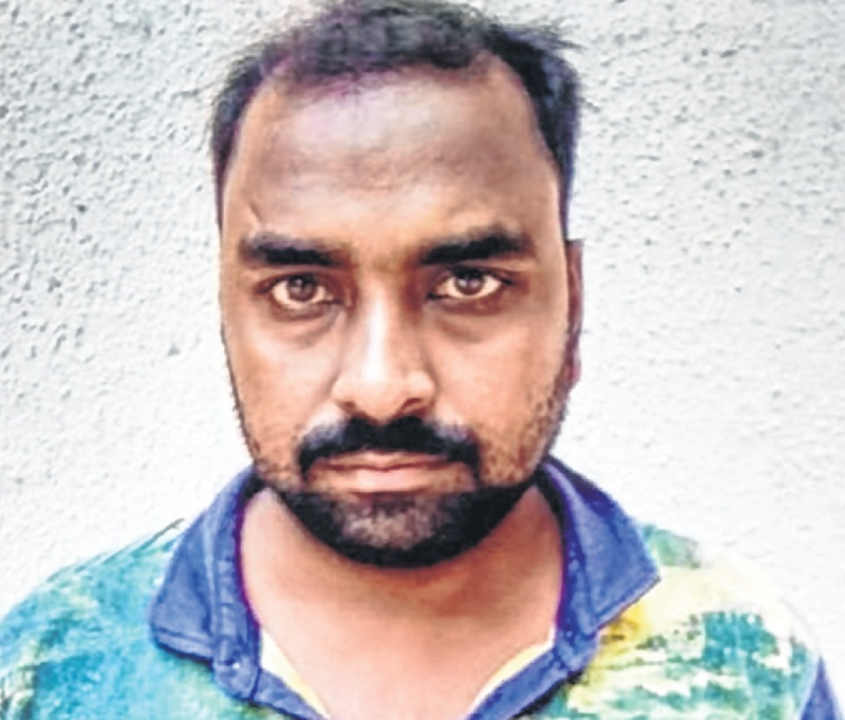 Cop nabbed for molesting 4-year-old girl, suspended