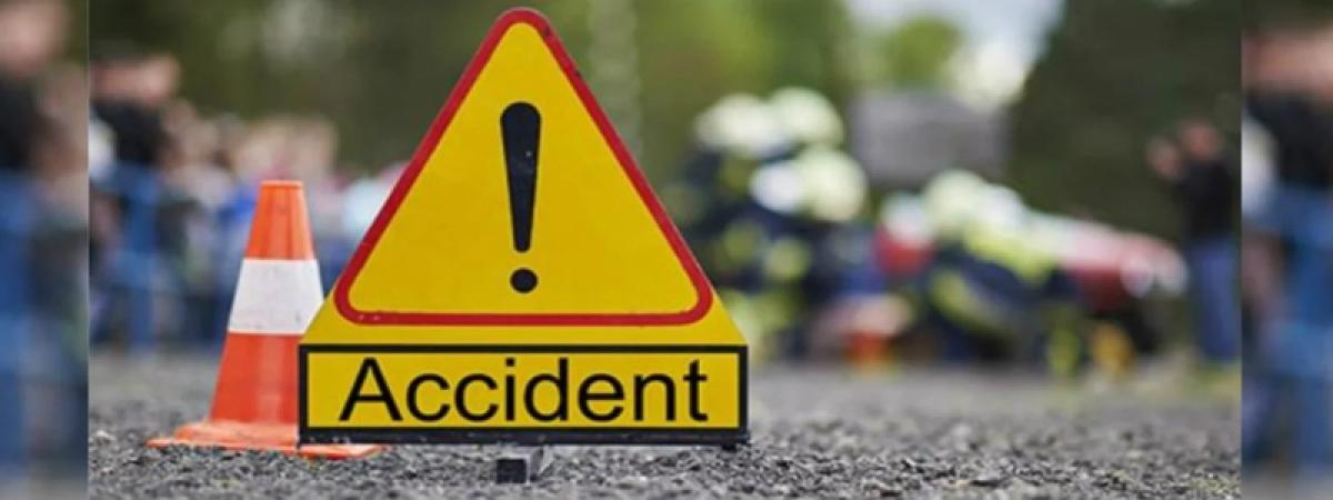 Ujjain: Bus-van collision leaves 17 injured