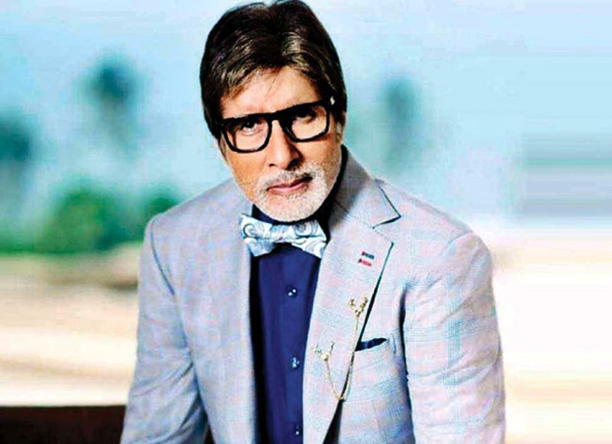 Amitabh Bachchan reveals about gifting 25 machines and truck to BMC, after sewer deaths