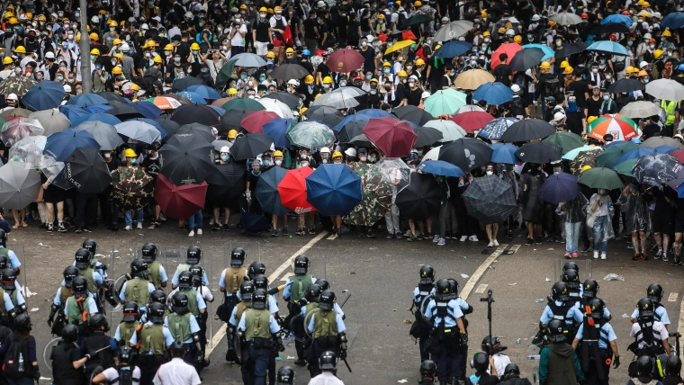 Hong Kong protests escalate as China fiddles