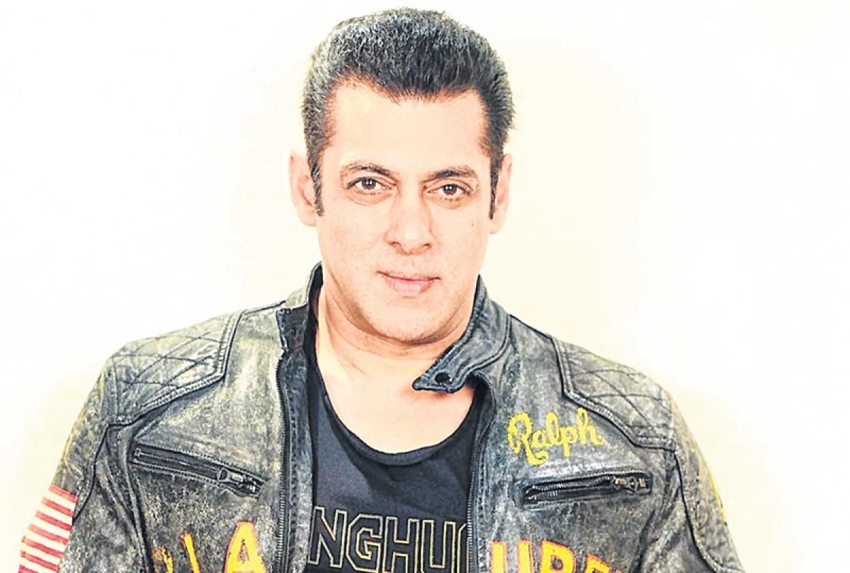 Journo files complaint in court accusing Salman, bodyguards of assault