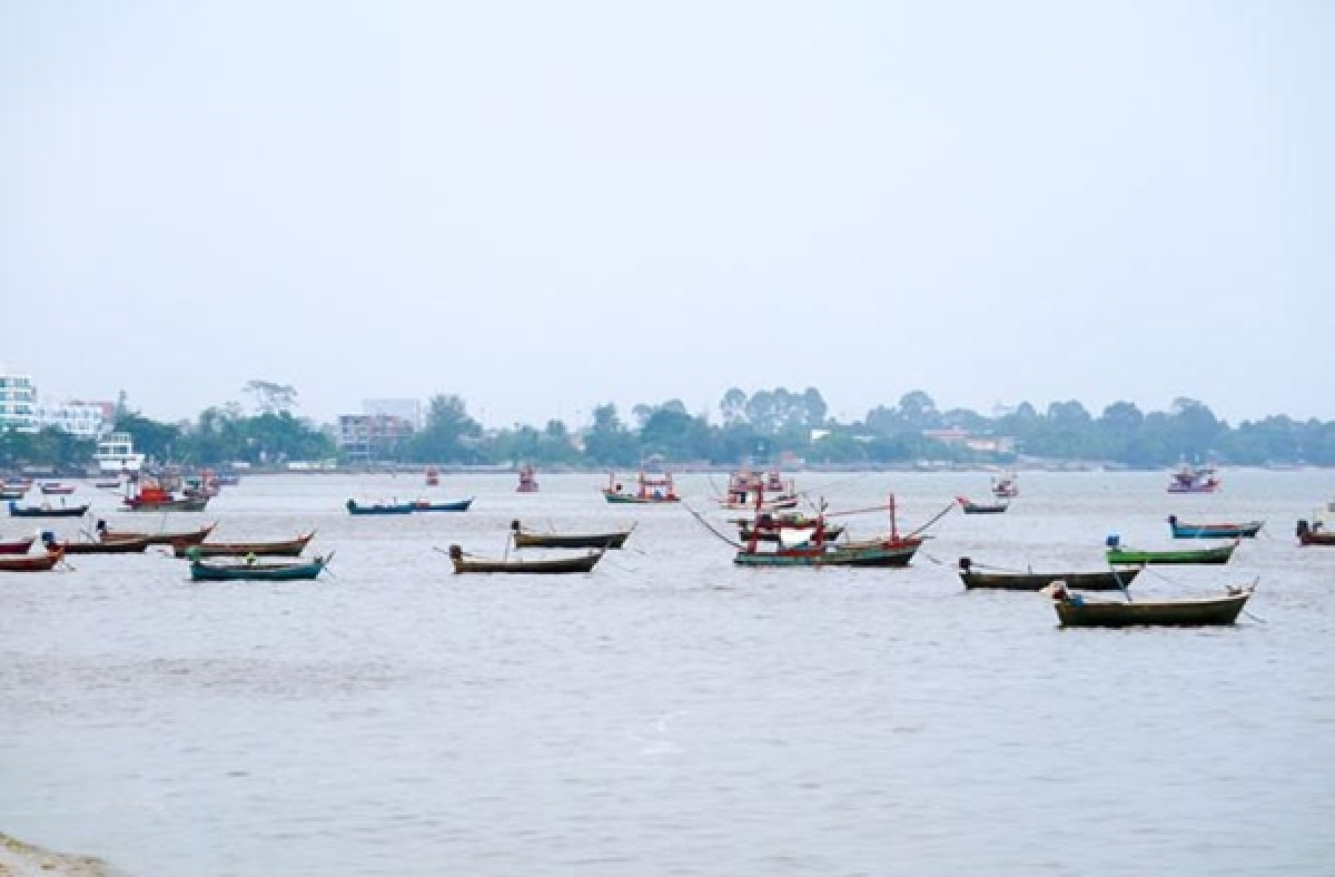 5,000 trawlers to keep off Kerala coast for 52 days