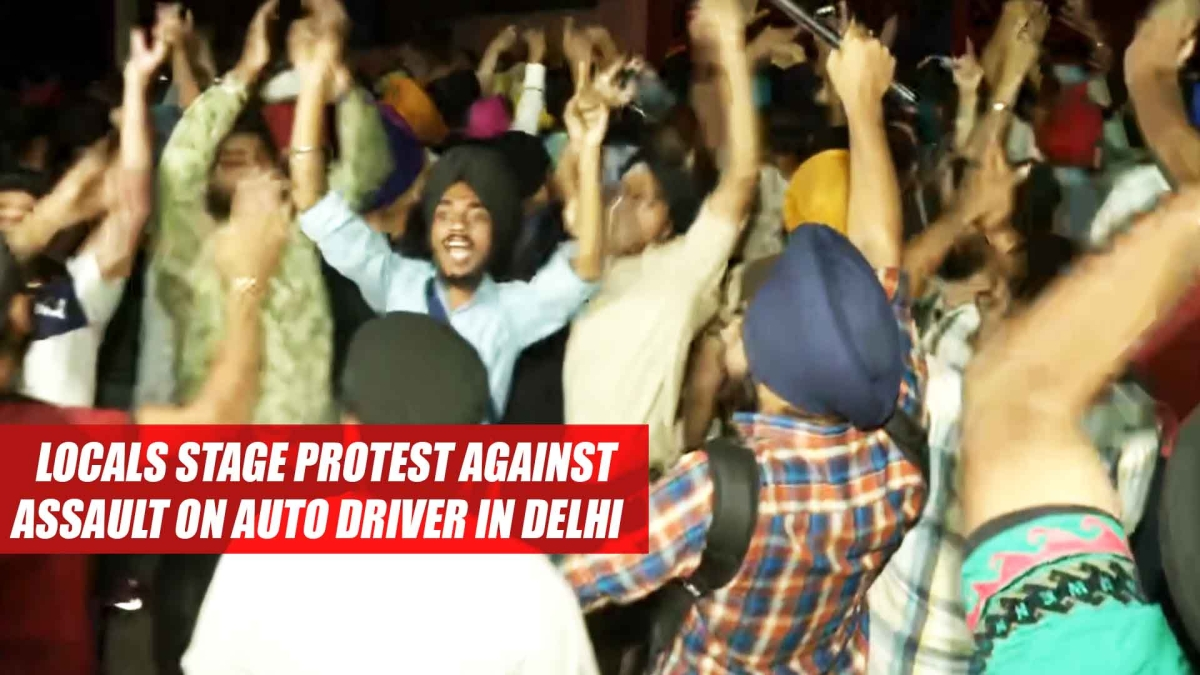 Locals Stage PROTEST Against Assault On Auto Driver In Delhi