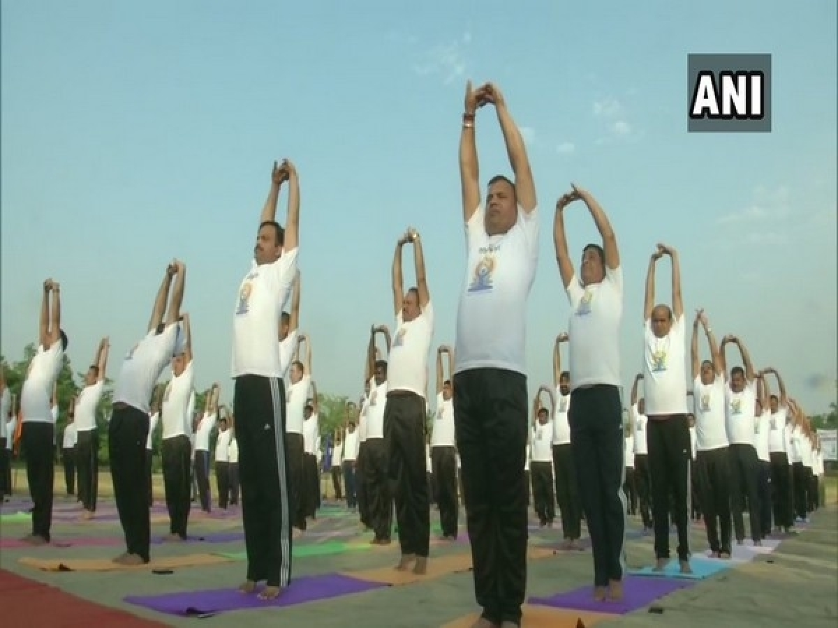 Jammu and Kashmir: BSF personnel perform yoga on border