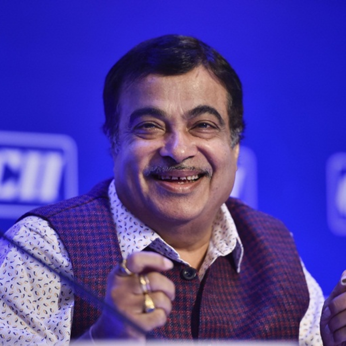 Boosting MSME important to reach Modi's goal of making India USD 5 trillion economy: Nitin Gadkari