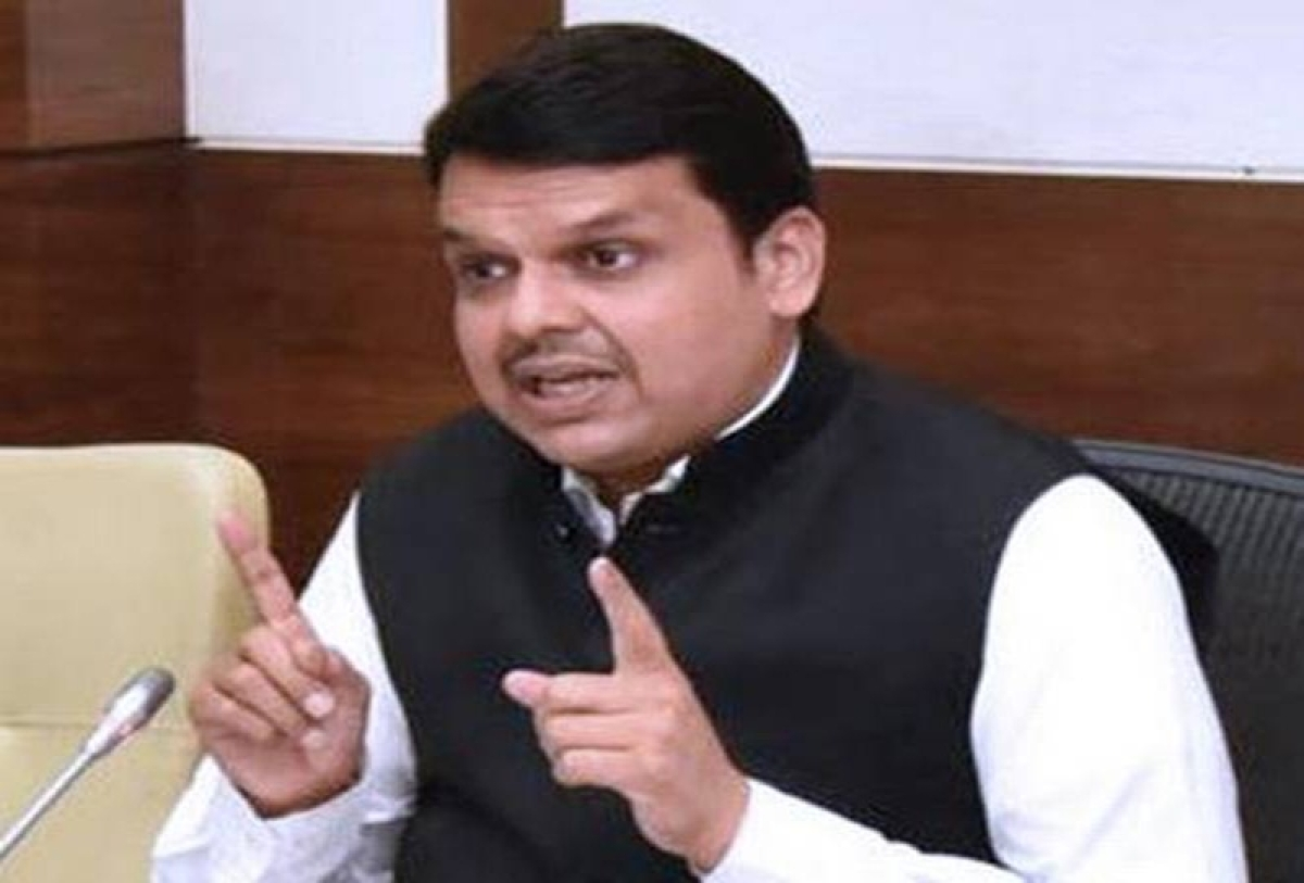 I'm not a party in Dabholkar, Pansare cases, says Fadnavis