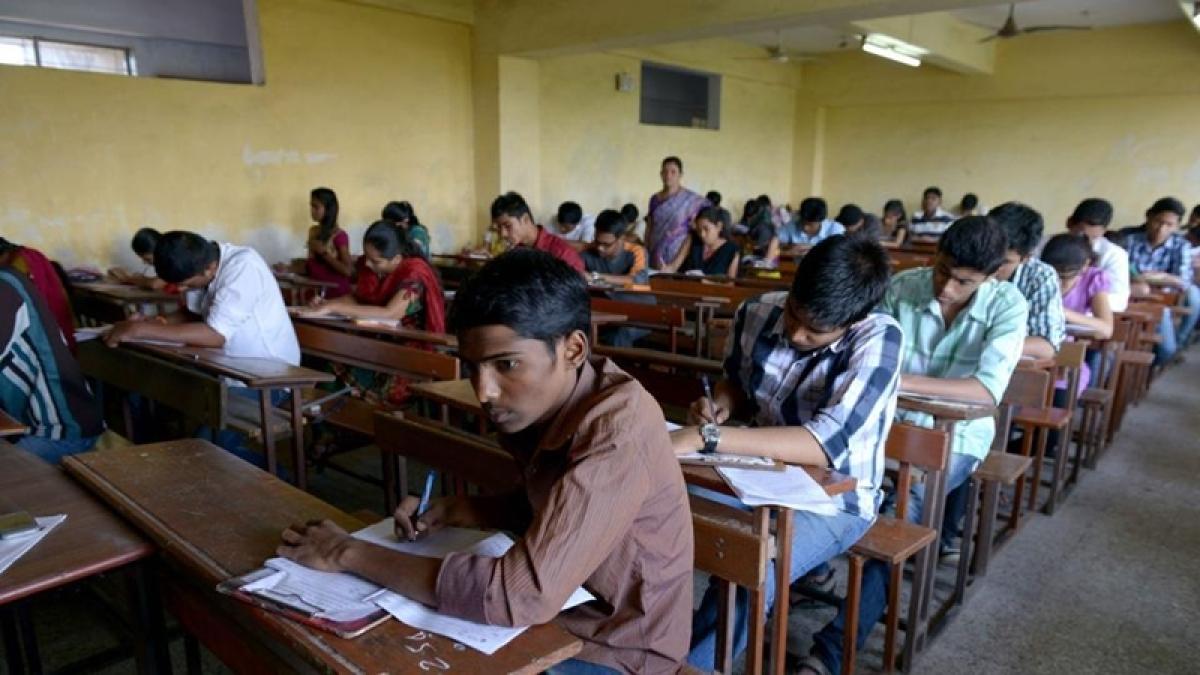 Bhopal: Higher Education Department  blacklists dozen kiosk vendors