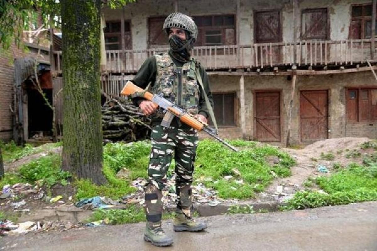 Encounter between militants, security forces underway in Jammu and Kashmir's Anantnag