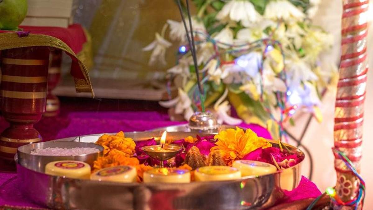Vat Purnima 2019: Here's how to perform Vat Savitri puja