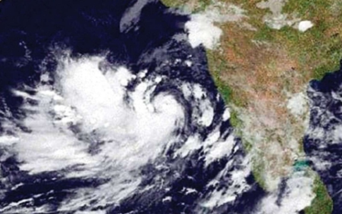 Hours after Gujarat CM Vijay Rupani's all-clear, IMD says Cyclone Vayu could recurve