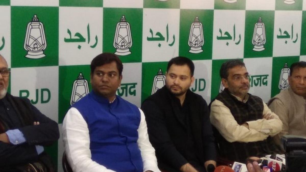 Cracks emerge in Grand Alliance in Bihar