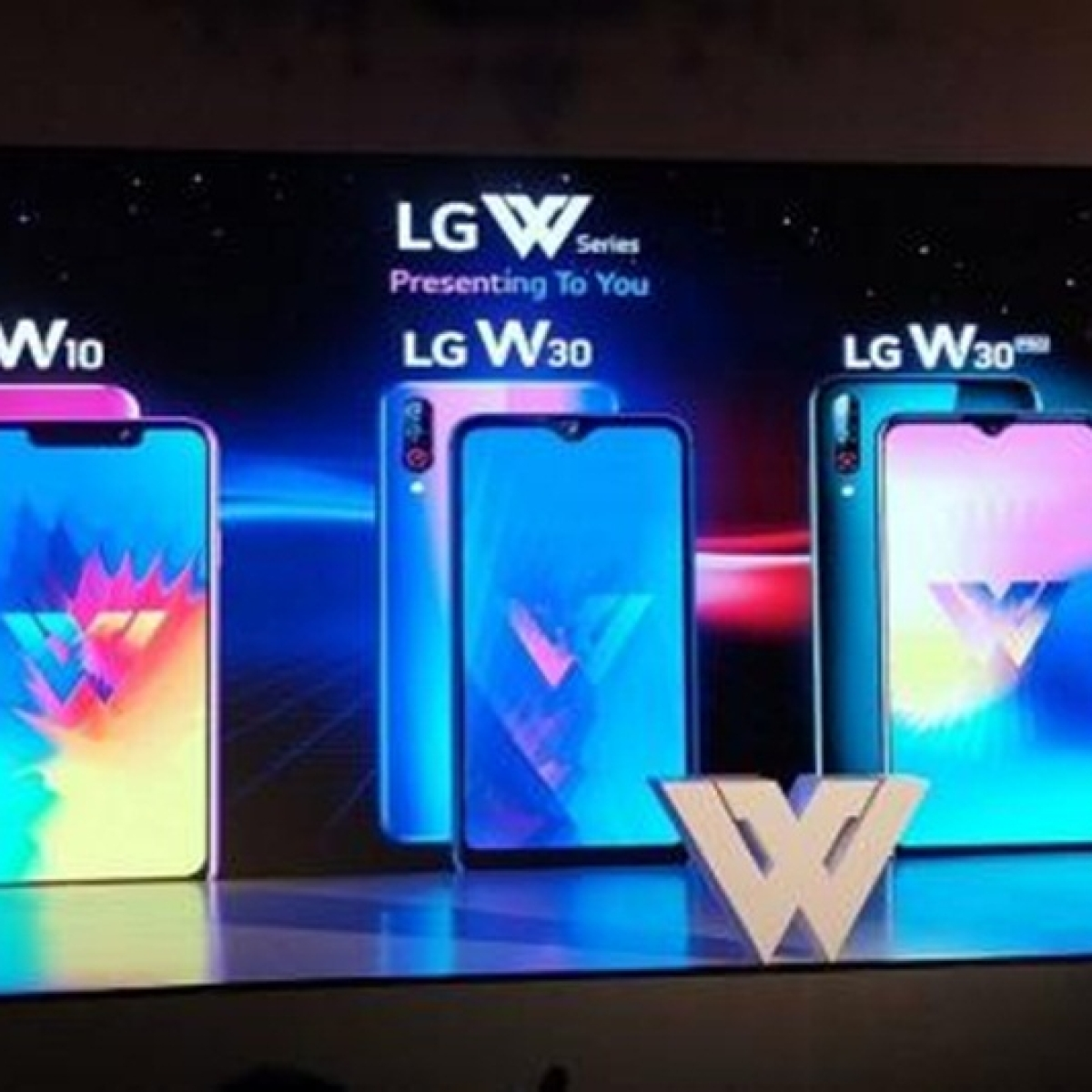 LG W10, W30 launched in India at starting price of Rs 8,000; W30 Pro announced