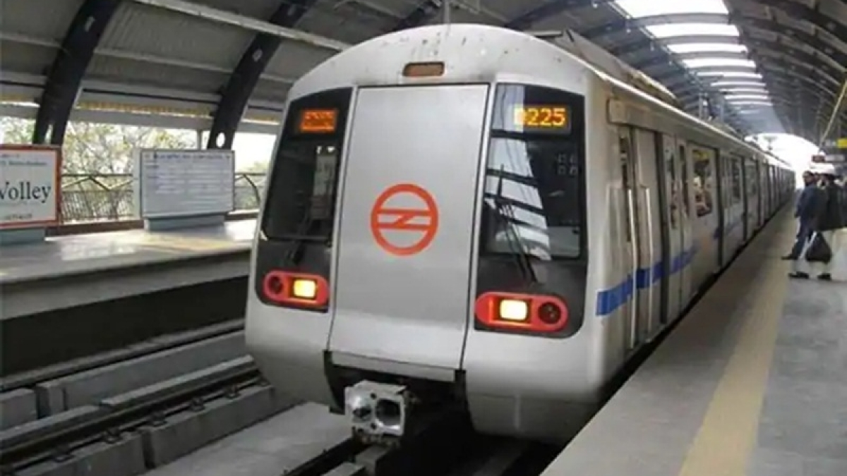 Delhi: Metro Magenta Line train services affected due to fire in Kalindi Kunj