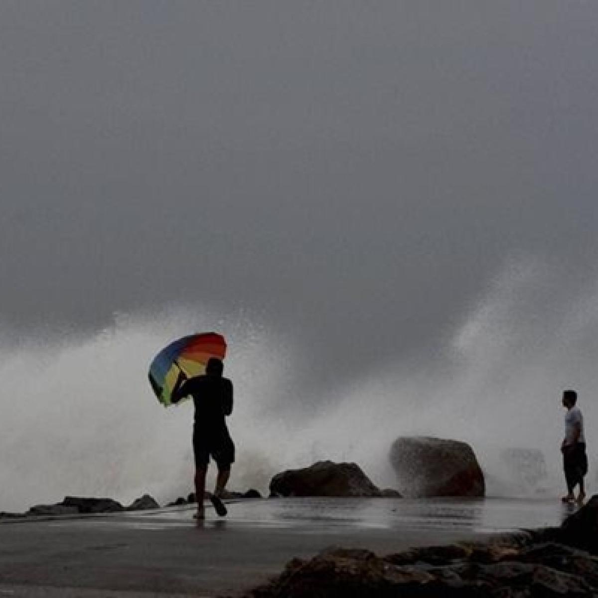 Cyclone Vayu Updates: Fishermen in Gujarat claim heavy losses, seek govt assistance