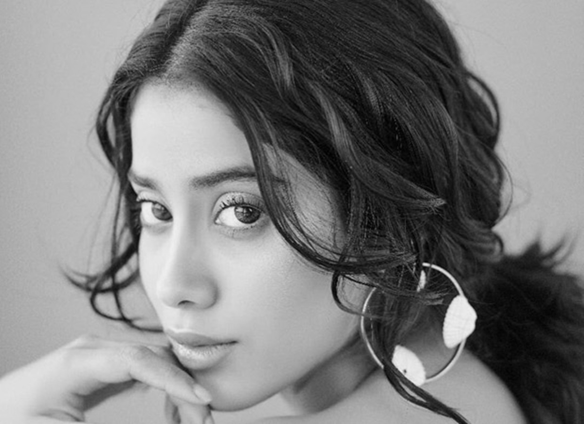 Janhvi Kapoor's recent black and white portraits are ethereal