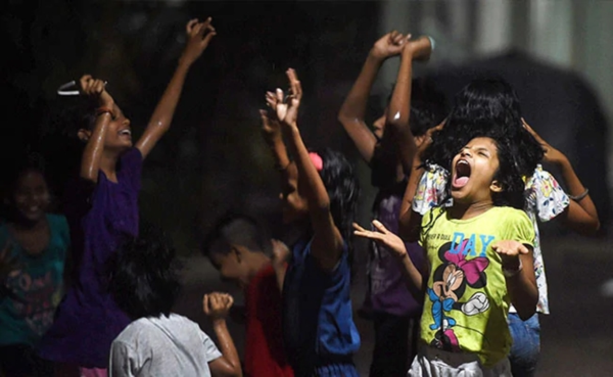 Bhopal: Light rain provides relief from the heat to state capital