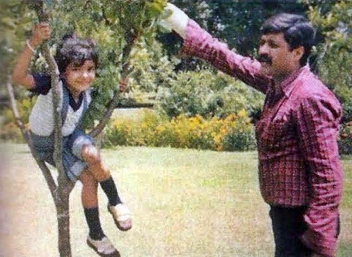 Priyanka Chopra shares emotional post on Father's death anniversary