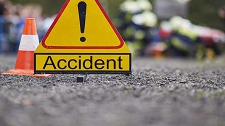 Jammu and Kashmir: 7 dead, 25 injured as mini bus falls into gorge in Rajouri