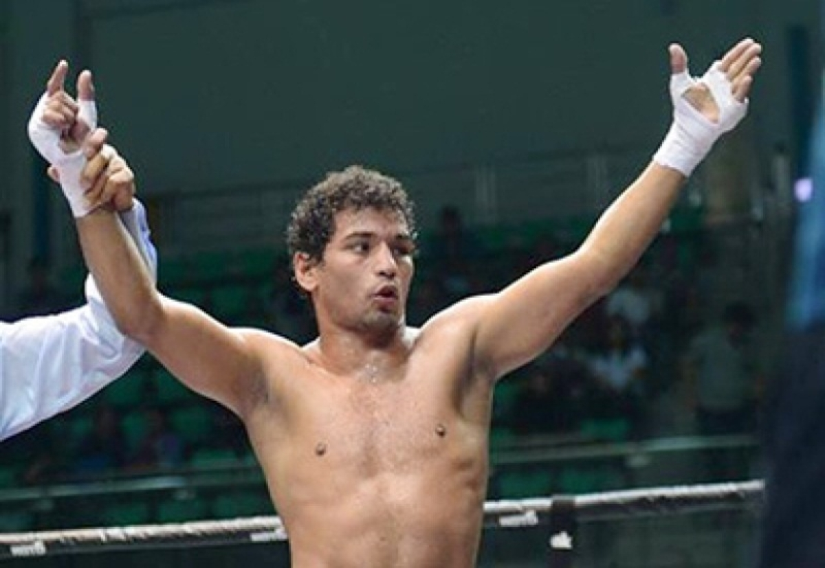 Accident rules Neeraj out of bout against Amir Khan