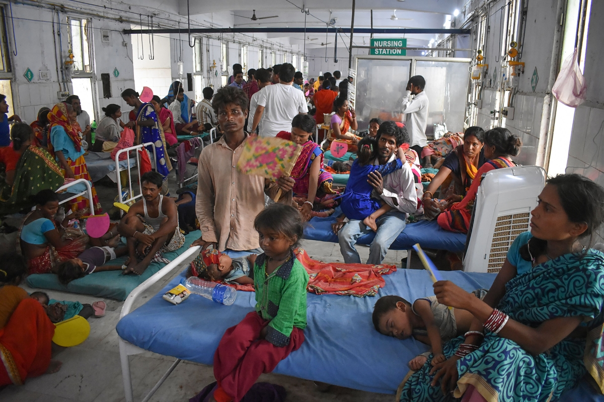 Families abandoning encephalitis-hit village