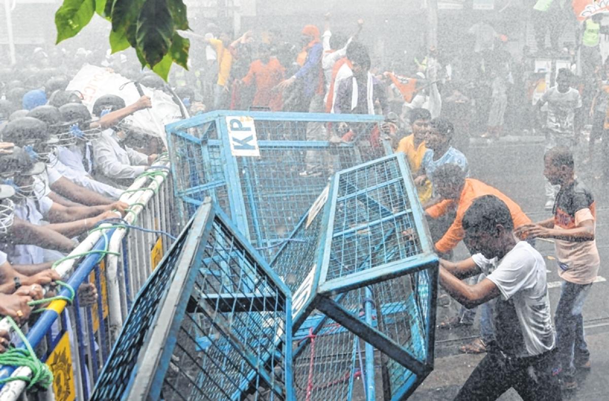 Didi-BJP face-off: Water cannons greet saffron brigade in Kolkata