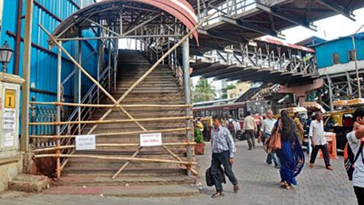 Mumbai: BMC shuts Charni Road FoB, citing safety concerns