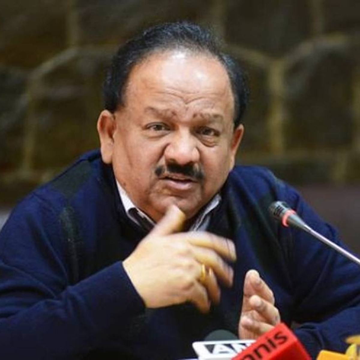 Some localised pockets but no community transmission of COVID-19 in the country: Dr Harsh Vardhan