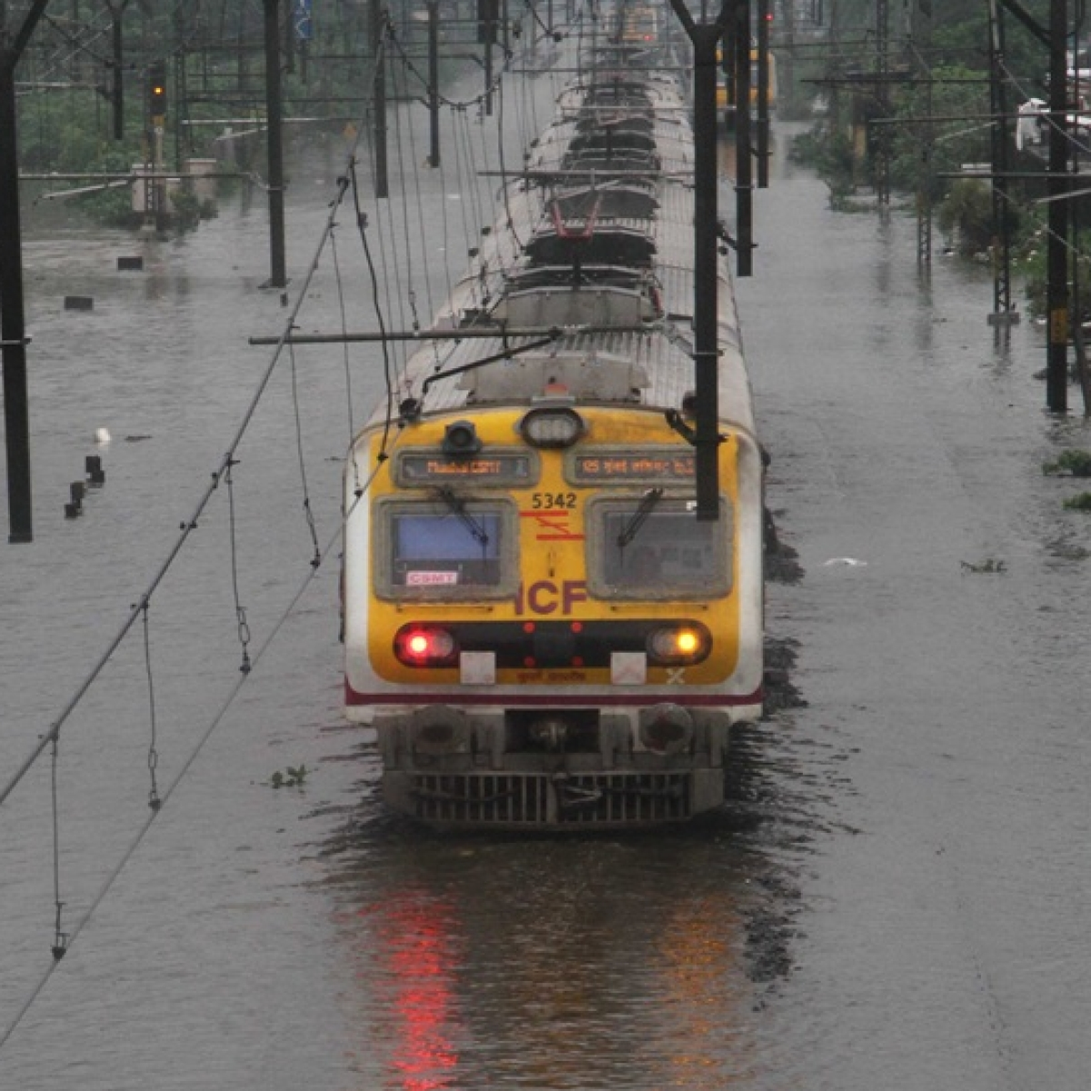 Mumbai Rains: Central Railways to run 8 special trains from Dombivali and Thane