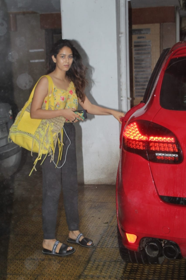 Mira Kapoor spotted outside a clinic in Bandra