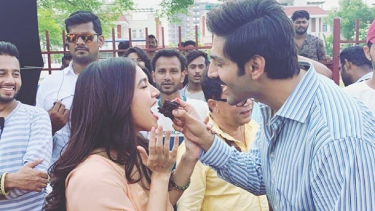 Bhumi Pednekar celebrates her birthday on sets of 'Pati Patni Aur Woh' with Kartik Aaryan, Ananya Panday