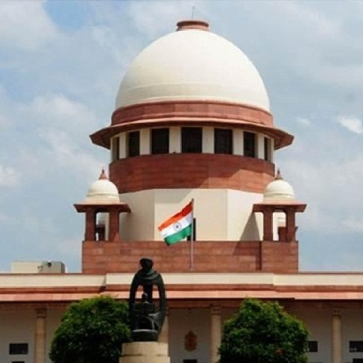 SC dismisses PIL seeking increase in retirement age of state High Court judges